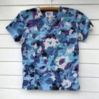 さらっと着るブルー 胸ポケット付VネックTシャツ